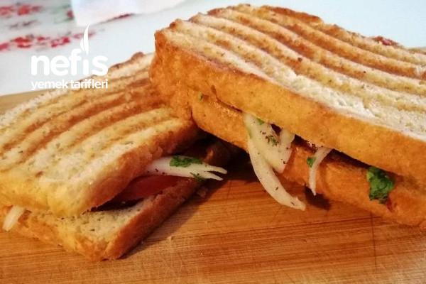Ödemiş Tostu (Ödemiş Sandviçi) Tarifi