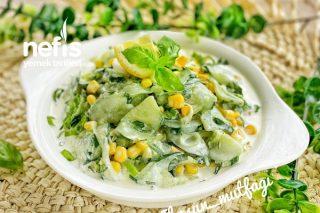 Soslu Salatalık Salatası Tarifi