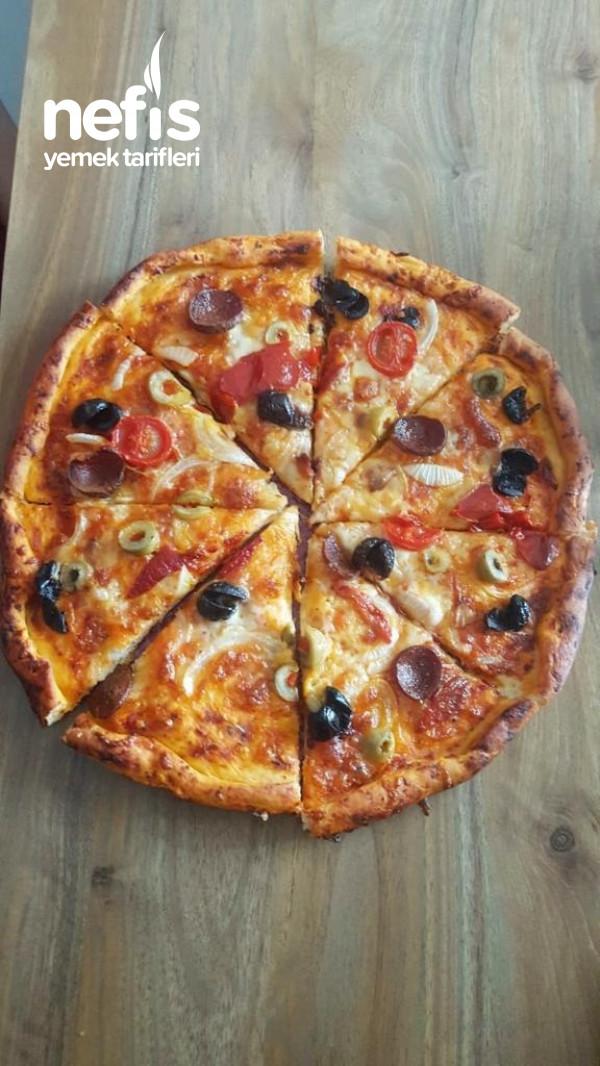 Ev Yapımı Harika Pizza