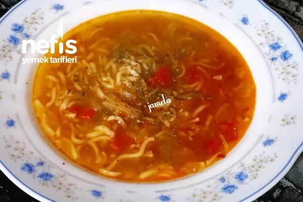 Noodle Çorba Tarifi