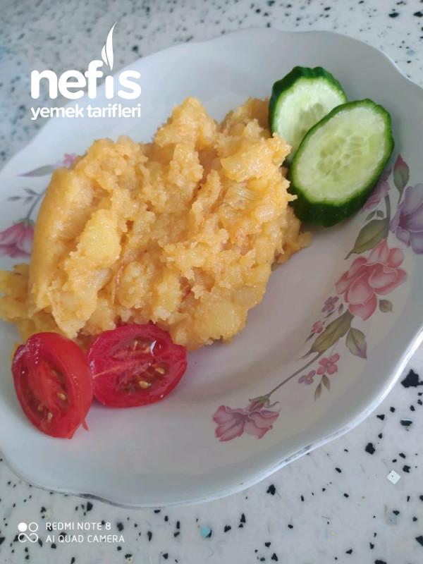 Pratik Az Malzemeli Kurtarıcı Patates Yemeği