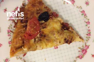 Sağlıklı Pizza (Tam Buğday Unu Ve Fermente Sucuk) Tarifi