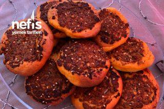 Biberli Ekmekçikler Tarifi