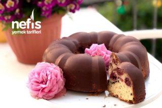 Çikolata Kaplı Vişneli Kek Tarifi (Resimli Anlatım)