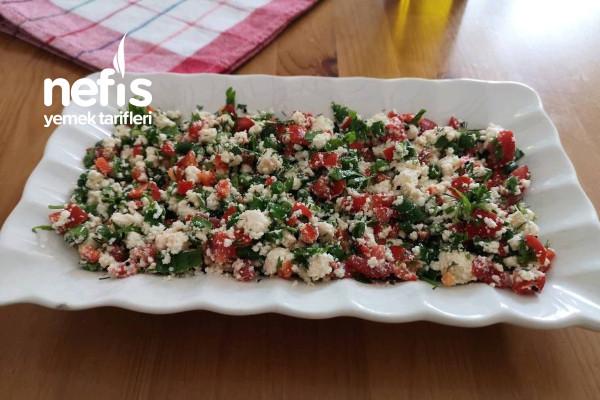 Lor Peynir Salatası Tarifi