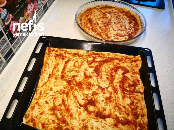 Pizza Hamuru Ve Mükemmel Pizza Tarifi – Tepsi Pizzası Tarifi