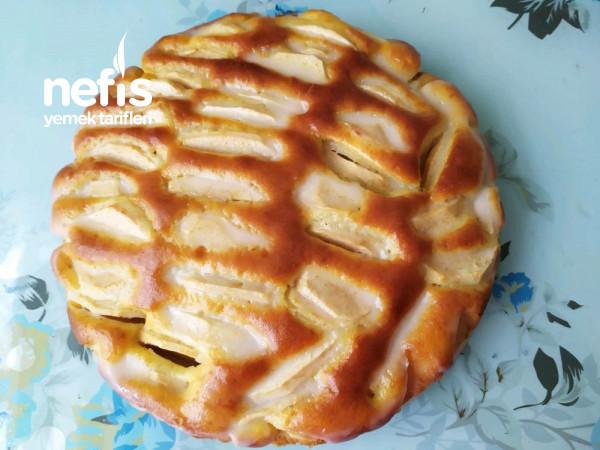 Soslu Elmalı Kek
