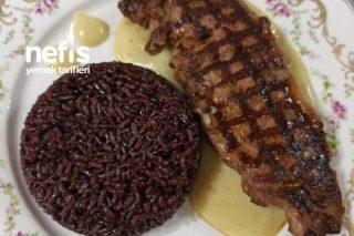 Siyah Pirinç Pilavı Ve Antrikot Et Tarifi