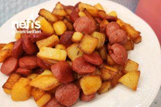 Kahvaltılık Sosisli Patates Kavurması Tarifi