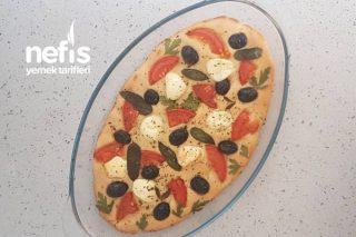 İtalyan Ekmeği Focaccia (Fokaça) Nasıl Yapılır? (Videolu)