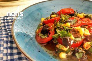 Kahvaltılık Zeytinyağlı Zeytin Salatası Tarifi