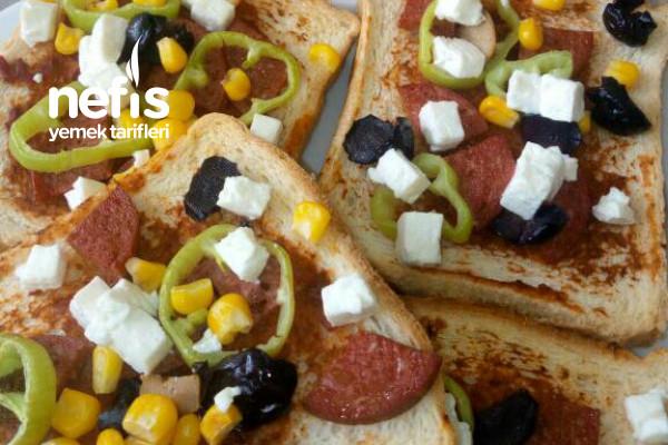 Tost Ekmeğinden Pizza(15 Dakikada) Tarifi
