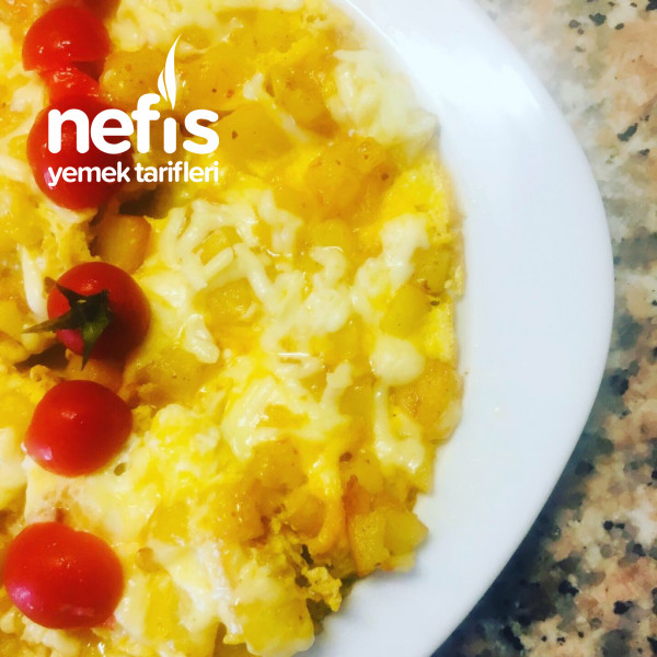 Kahvaltıya Yumurtalı Patates