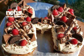 Yaş Pasta (Kremasına Bayılacaksınız ) Tarifi