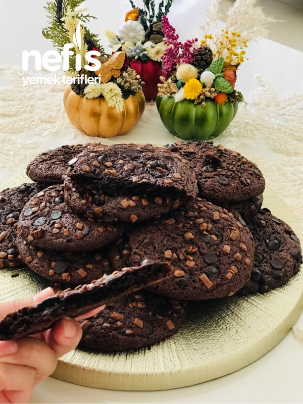 Bol Çikolatalı Cookies Kurabiye
