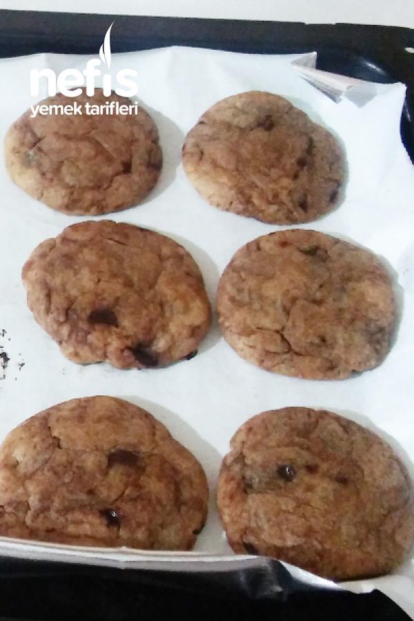 Çikolata Parçalı Kurabiye (American Cookie)