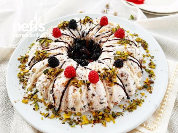 Dondurma Tadında Muzlu Bisküvili Parfe Tarifi