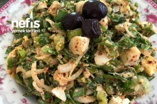 Soğanlı Yumurta Salatası Tarifi