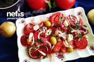 Marine Edilmiş Domates Salatası Tarifi