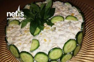 Nefis Sunumuyla Makarna Salatası Tarifi