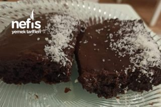 Nefis Çikolata Soslu Islak Kek Tarifi