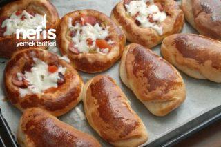 Yumuşacık Peynirli Ve Pizza Poğaça Tarifi