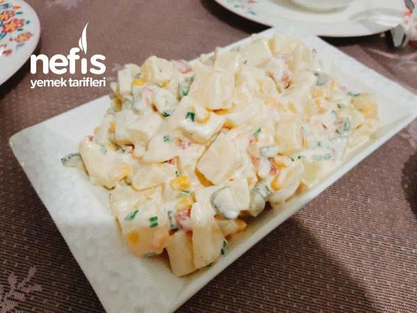 Yoğurtlu Mayonezli Leziz Salata