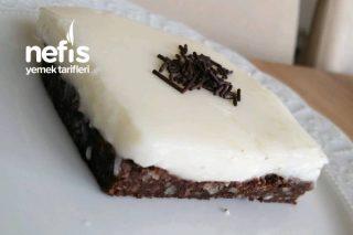 10 Dakikada Kalan Kek İle Sütlü Tatlı Tarifi