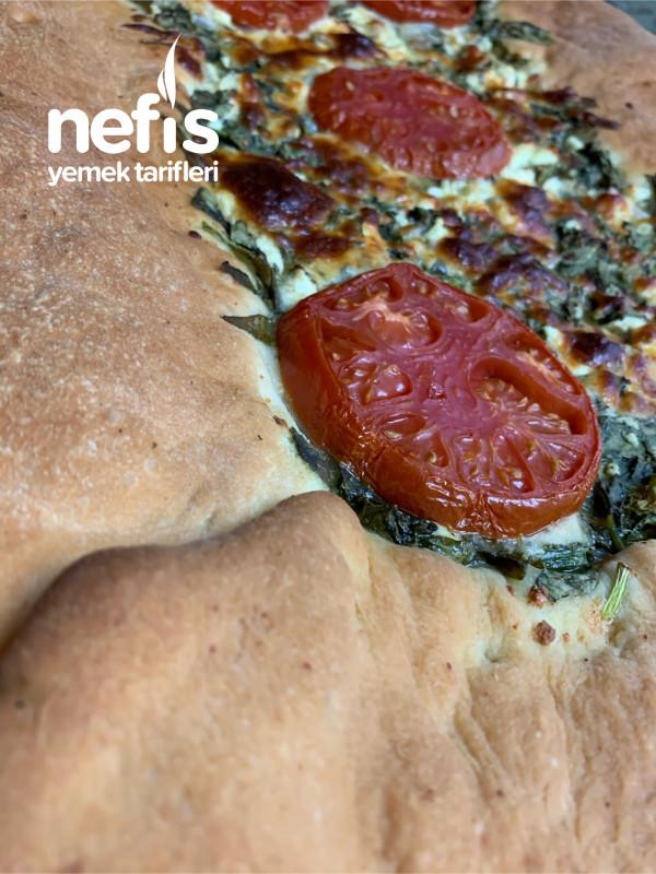 Ispanaklı/Peynirli Pizza
