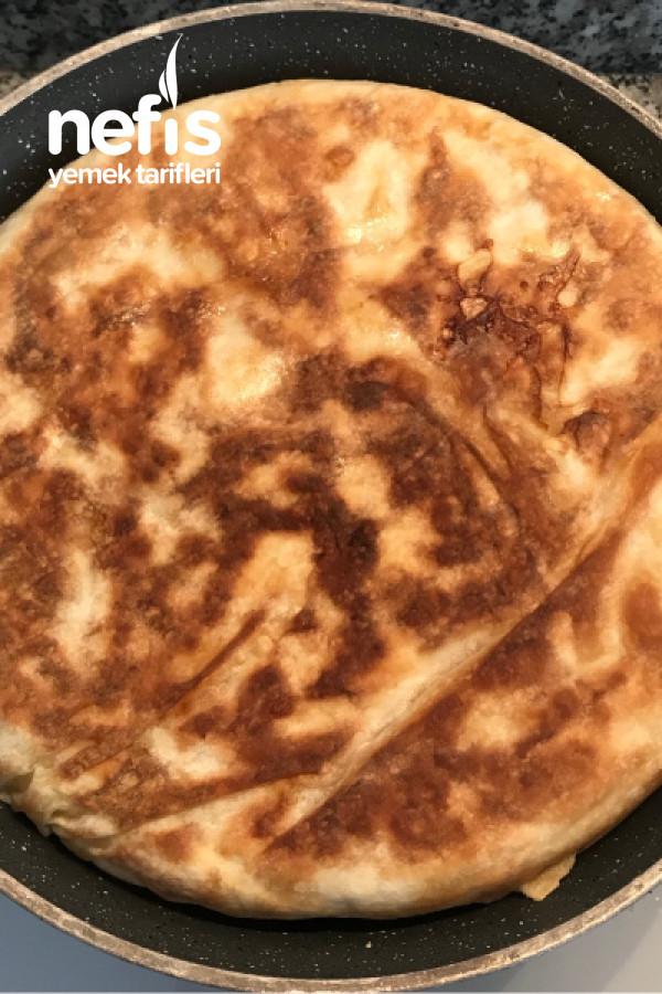 2 Yufkayla Tava Böreği