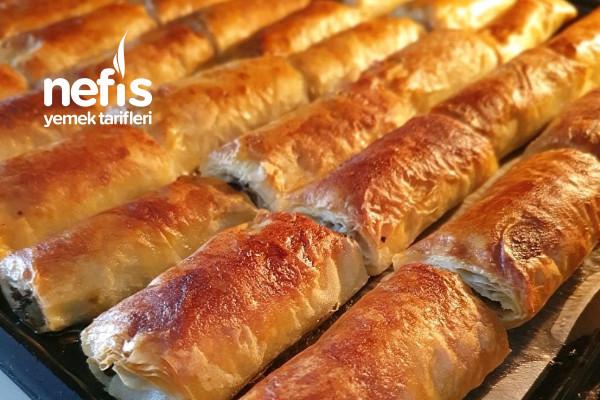 Sarıyer Böreği (Baklava Yufkasından) Tarifi