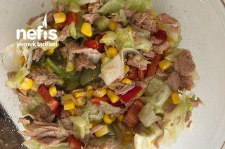 Ton Balıklı Salata – (Restoranlardaki Gibi) Tarifi