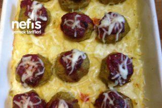 Enfes Lezzette Patates Yatağında Brokoli Köfteleri Tarifi