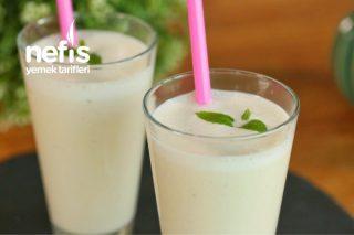 İçinizi Serinletecek Muzlu Milkshake Tarifi (videolu)