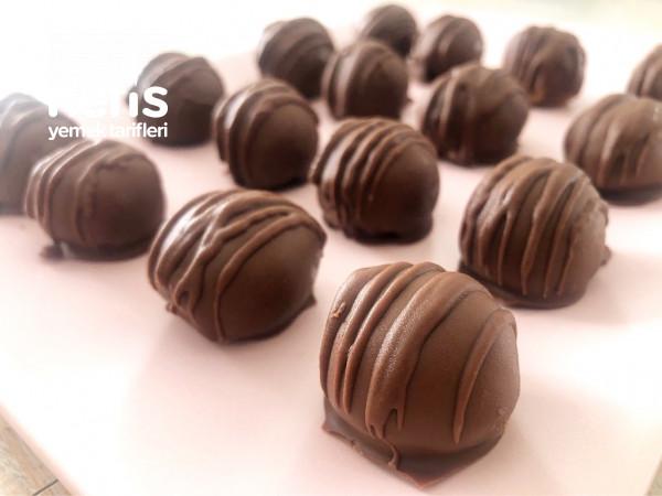 Özellikle Malzeme Almayın! Evdeki Malzemelerle Çikolata Topu Tarifi