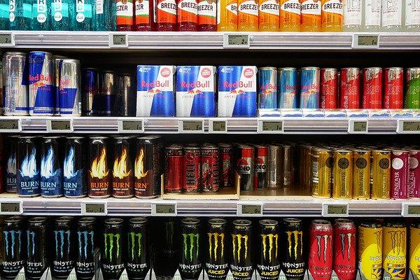 enerji içecekleri zararlı mı