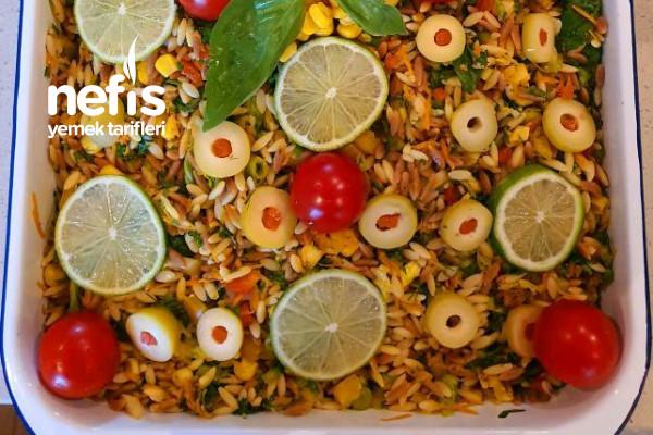 İştahları Kabartan Arpa Şehriye Salatası Tarifi