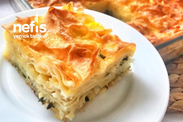 Peynirli Börek (Su Böreği Sanacaksınız) Tarifi