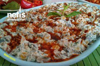 Yoğurtlu Mısırlı Mantar Salatası Tarifi