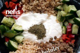 Yeşil Mercimekli Buğday Salatası ( Yağ Yakan Ve Tok Tutan Salata) Tarifi