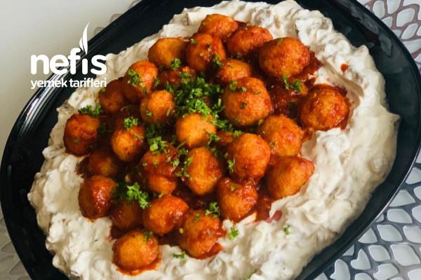 Bulgur Köfteli Köz Patlıcan Salatası Tarifi