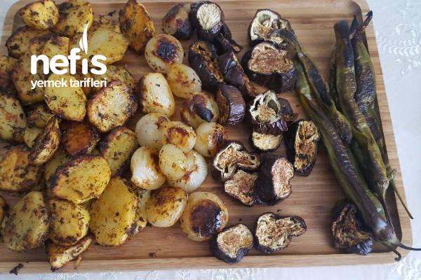 Fırında Sebze(Cips Tadında Patatesler) Tarifi