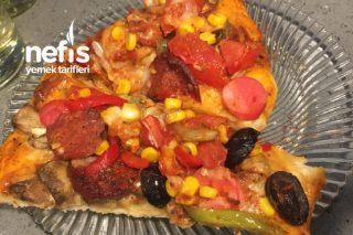 Lezzeti Hamurunda Domino's Tadında Pizza Tarifi