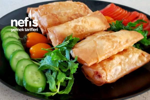 Paçanga Böreği Kolay Tarif (Videolu) Tarifi