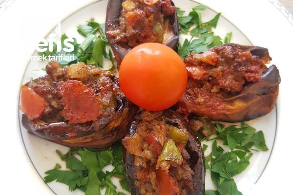Patlıcanları Fırınlanan Mini Karnıyarık Tarifi (Videolu)