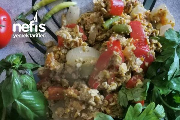 Yüksek Proteinli, Lifli Ve Omega Kaynağı Omlet