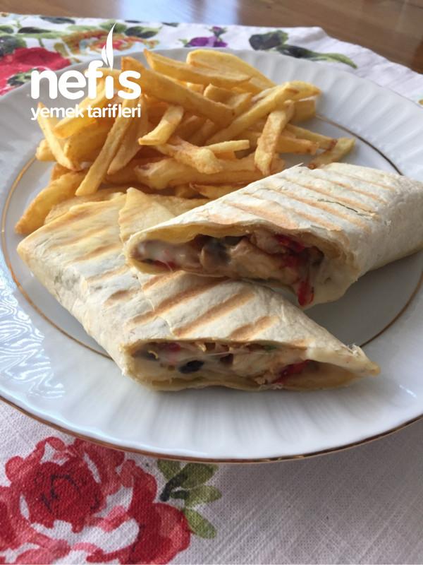 Kaşarlı Tavuklu Wrap&çıtır Patates