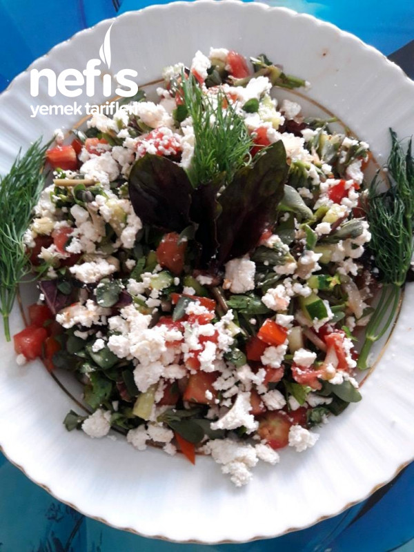 Çok Malzemeli Az Kalorili Diyet Salata