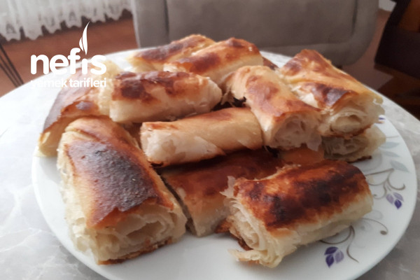 El Açması Çarşaf Böreği Tarifi