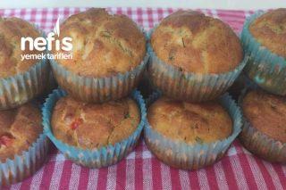 Kahvaltılık Yumuşacık Sebzeli Muffinler (Videolu) Tarifi